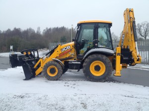 JCB3CX-Snow-clearing-001